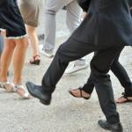 dansons les pieds en l air