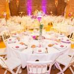 Table en rose et blanc